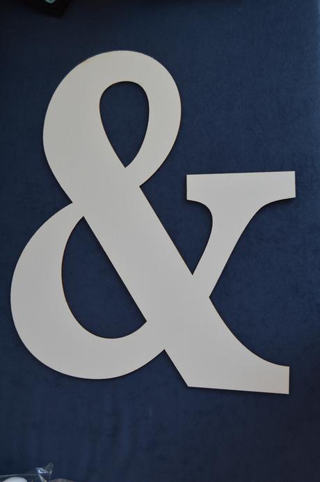"""Drevený symbol """"&"""","""