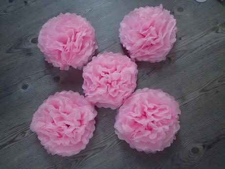 Pompomy růžové 5 ks 25 cm,