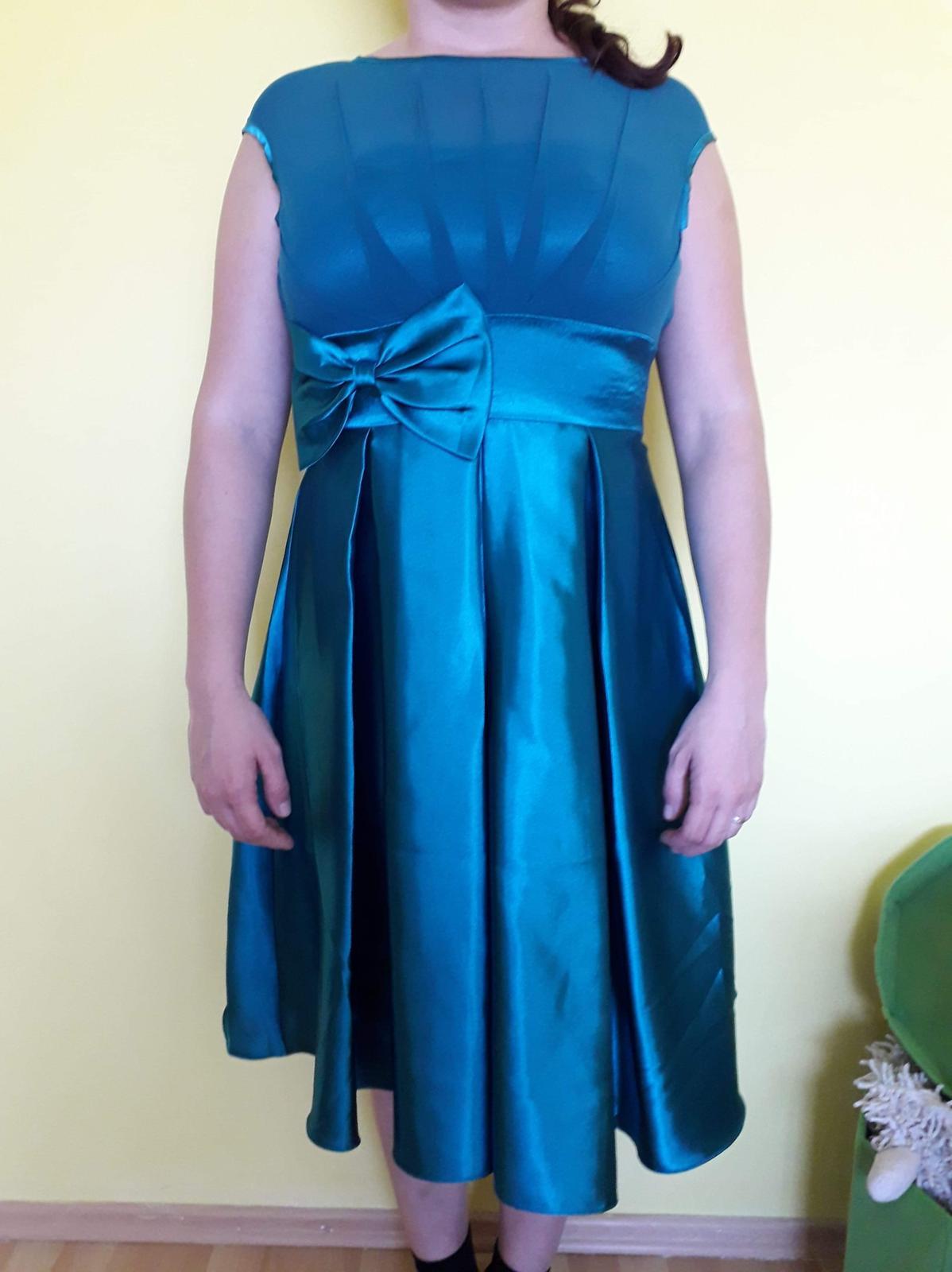 Spoločenské šaty 7aa4a018f33