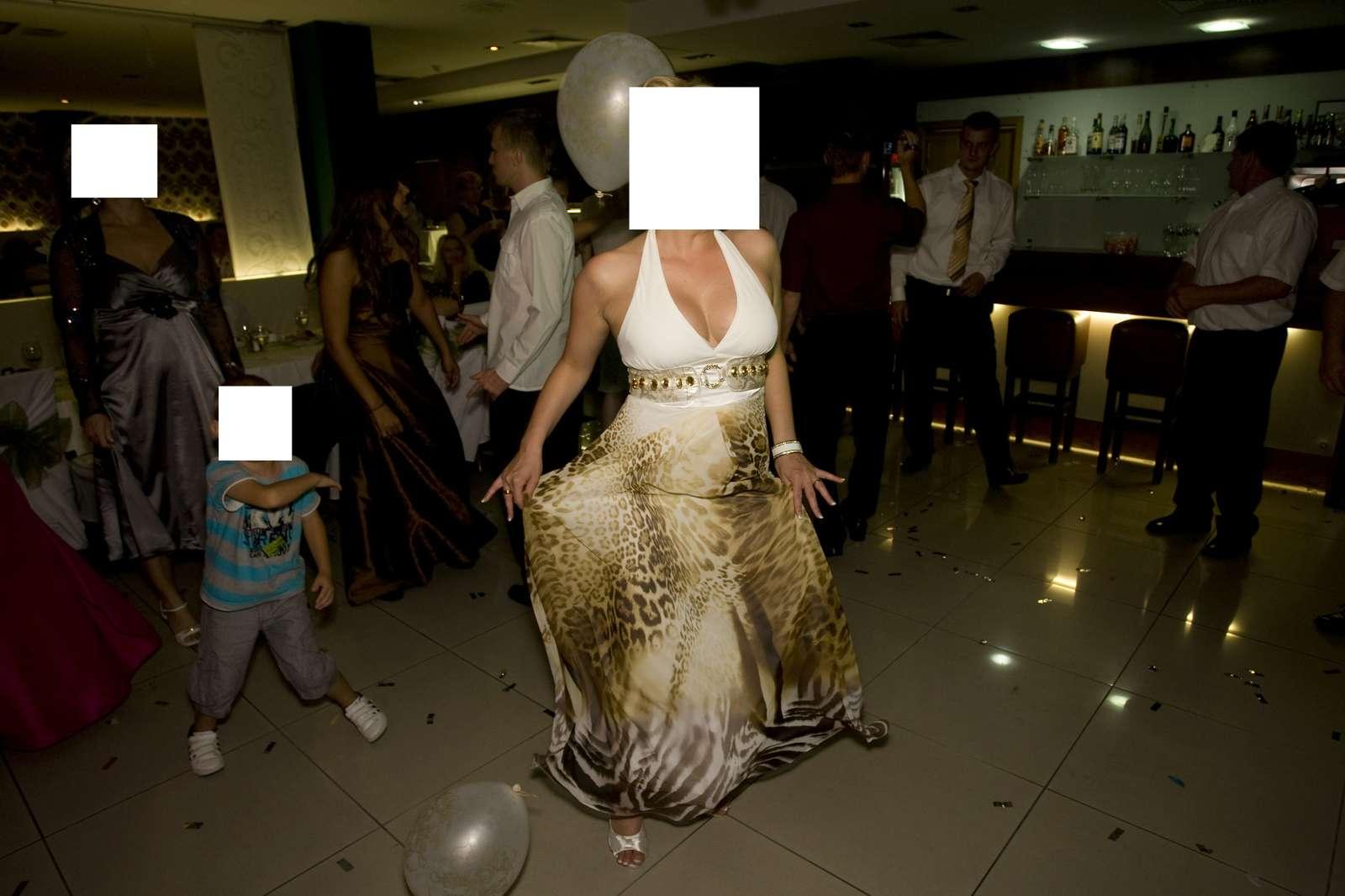 Predám krásne šaty party 21 5eaafb2f9e5