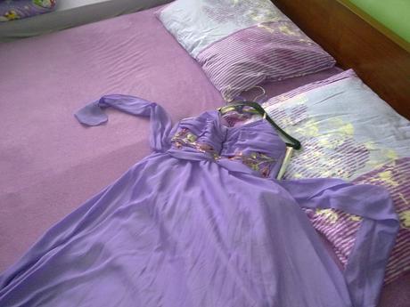 Spolocenské šaty, 46