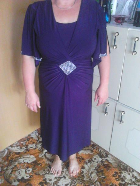 Spoločneské šaty, 46