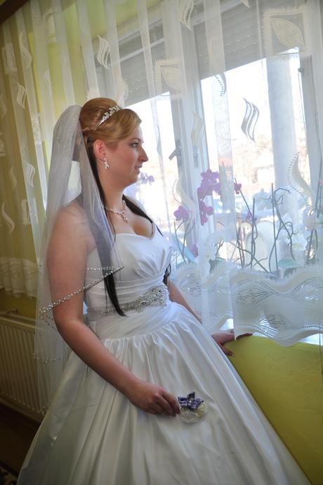 Svadobné šaty veľ. 40-44, 42