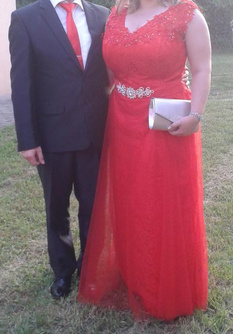 Jasno červené spoločenské šaty, 46
