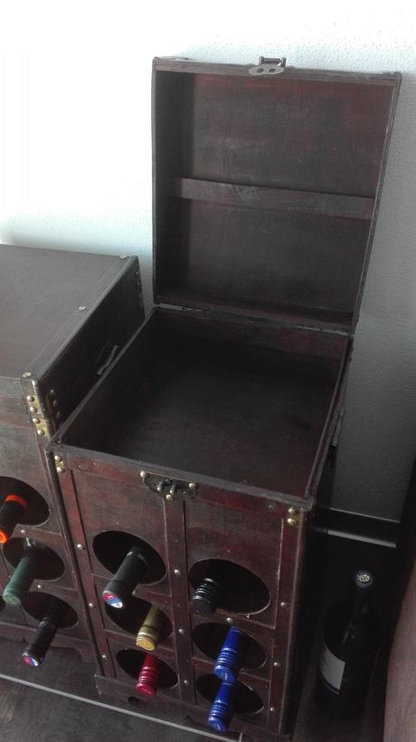 Pirátske truhlice a truhlice na víno,