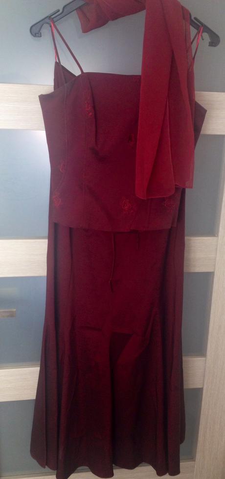 Korzetové šaty, 36