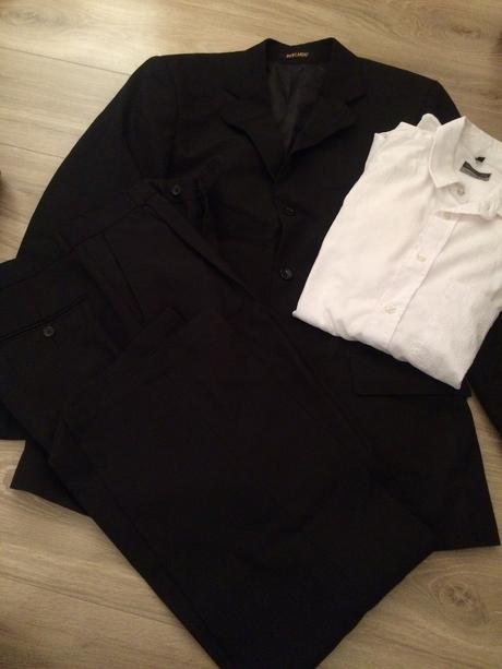 Oblek a kosela zdarma, 48