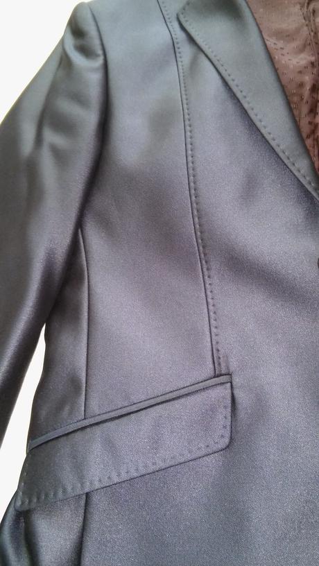 Pansky oblek, 46
