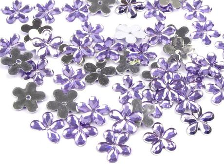 Plastové květiny lila (100ks),