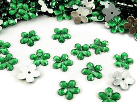 Plastové květiny zelená pastelová (100ks),