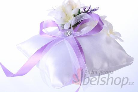 Polštářek pod prstýnky fialový - na přání,