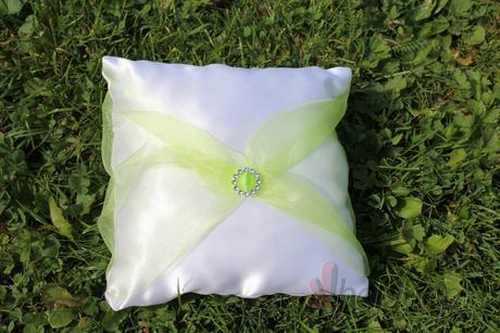 Polštářek pod prstýnky zelený - na přání,