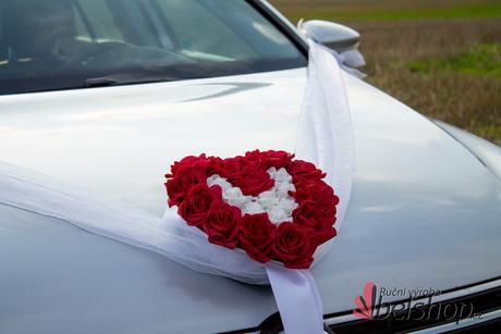 Srdce na auto - červené,