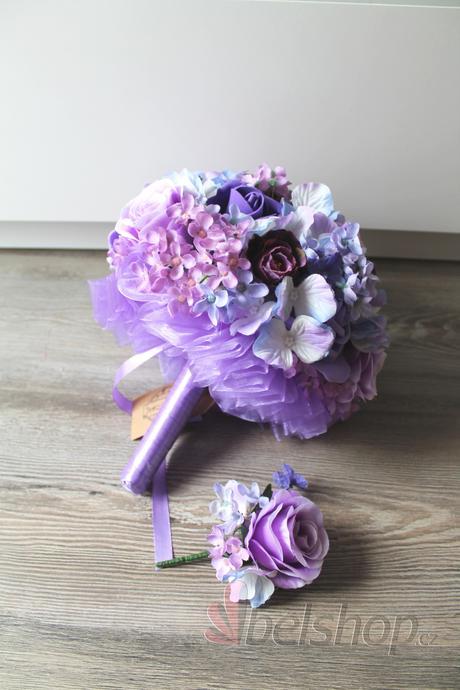 Svatební kytice ve fialovém mixu,