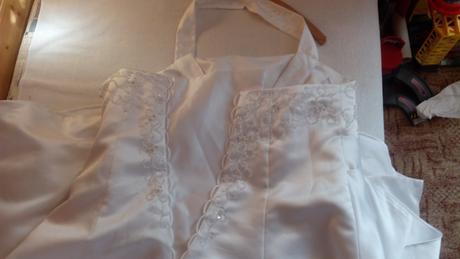 svatební šaty pro boubelky, 54