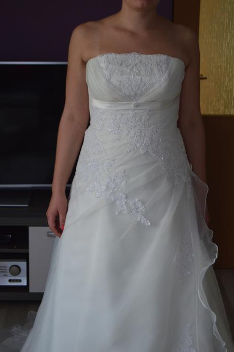svatební šaty smetanové 34-38, 38
