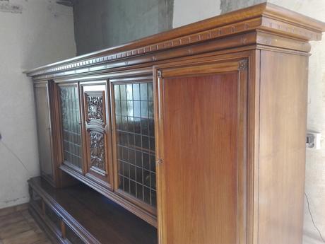 Starožitný nábytok ,