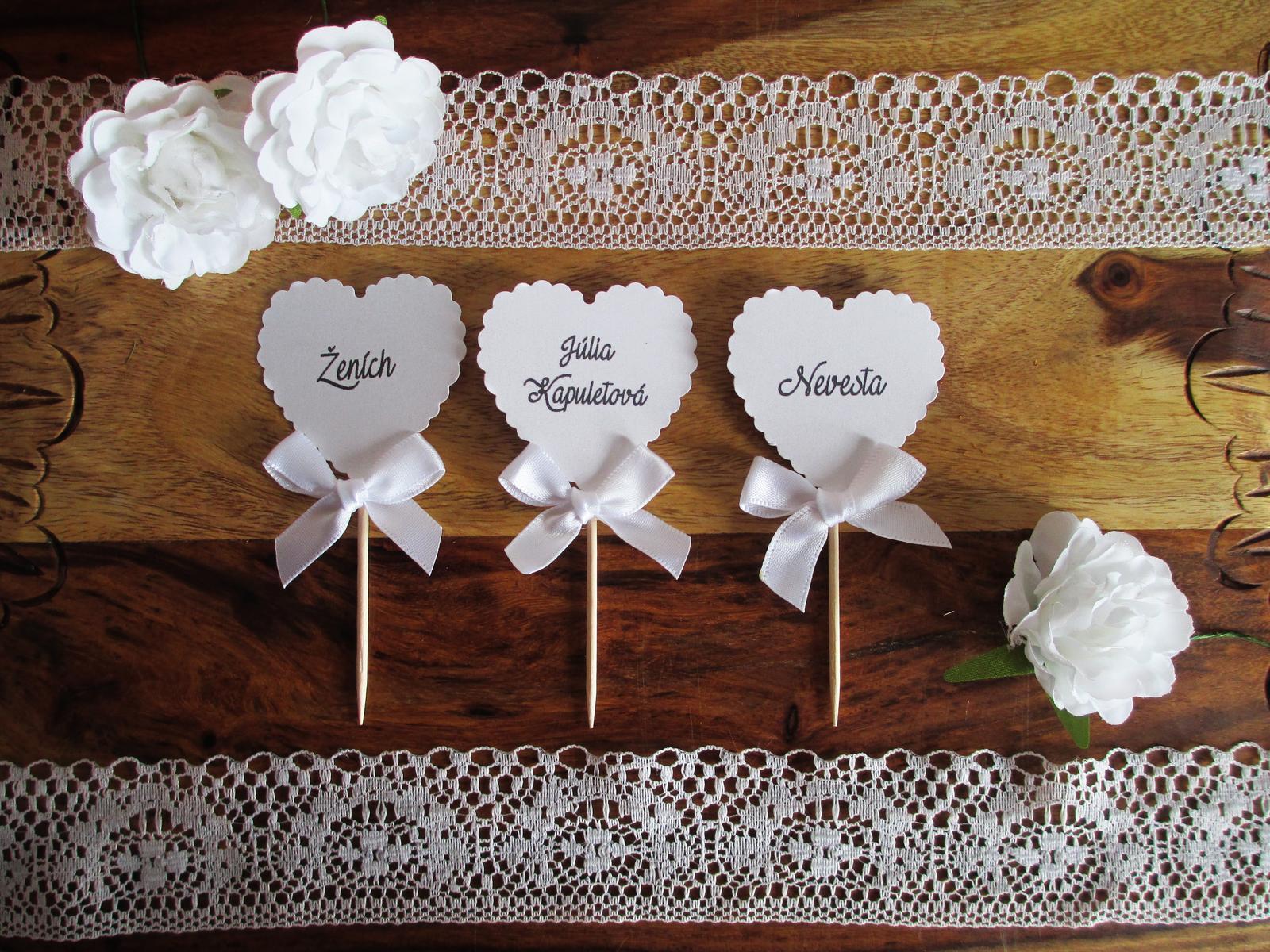8743dc907090 Menovka pre svadobných hostí hear white pearl