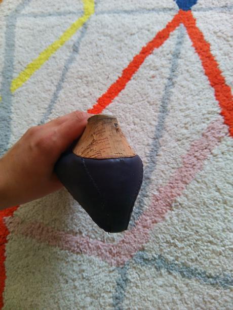 Fialové botky, 38