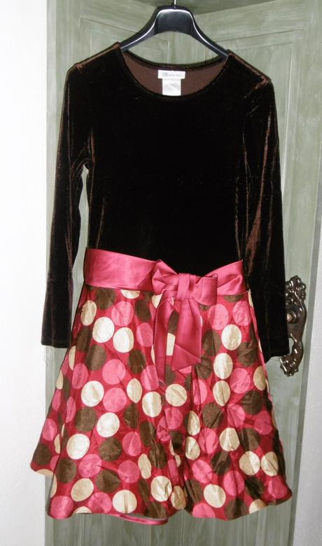 šaty, 152