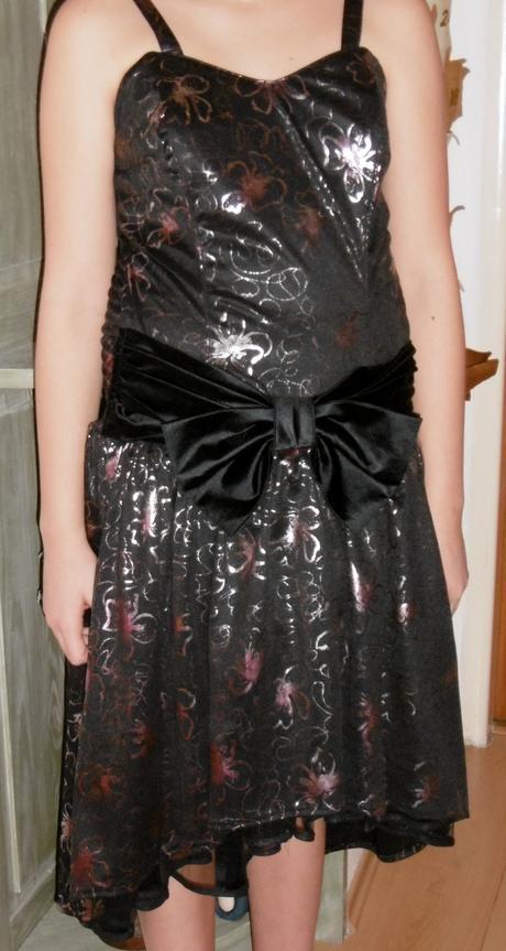 šaty s mašľou, 34