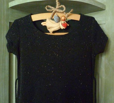 šaty s trblietkami veľ.128/134, 134