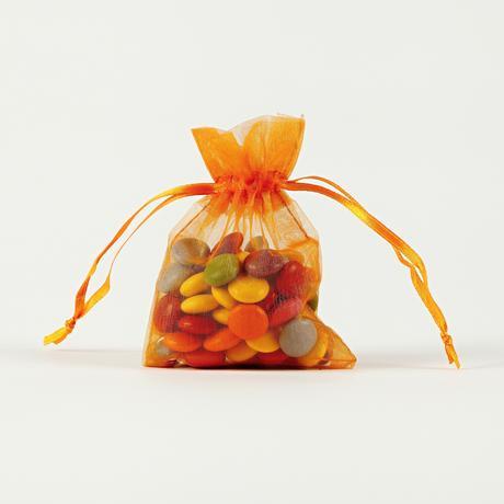darčekové vrecúška z organzy 7,5 x 10 cm fialové,