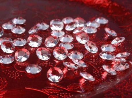 Diamantíky biele 12 mm 100 ks v jednom,