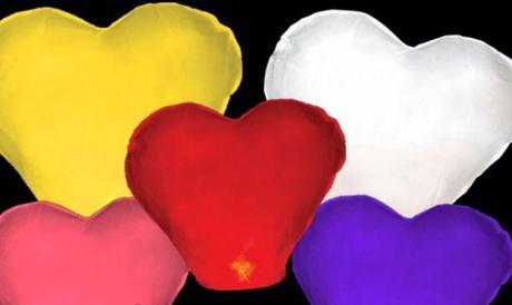 Lampióny šťastia srdce fialové,