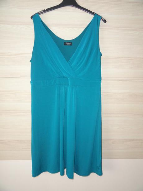 tyrkysové šaty, 46