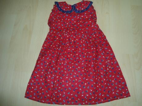 červené dievčenské kvietkovane šaty, 98