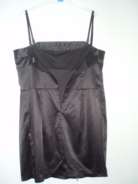 čierne spoločenské šaty so zipsami, 40