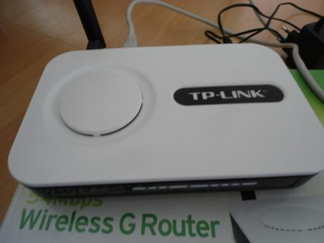 modem, wi-fi router TP-Link,