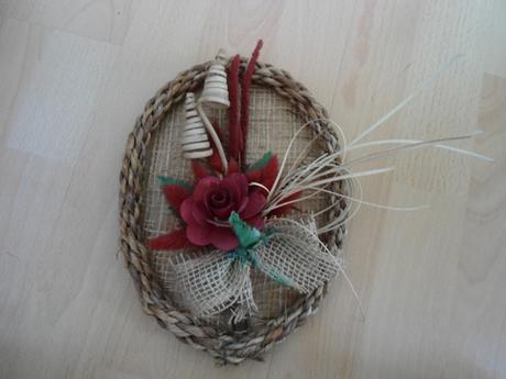 Ozdobny oval s kvetom - dekoracia,