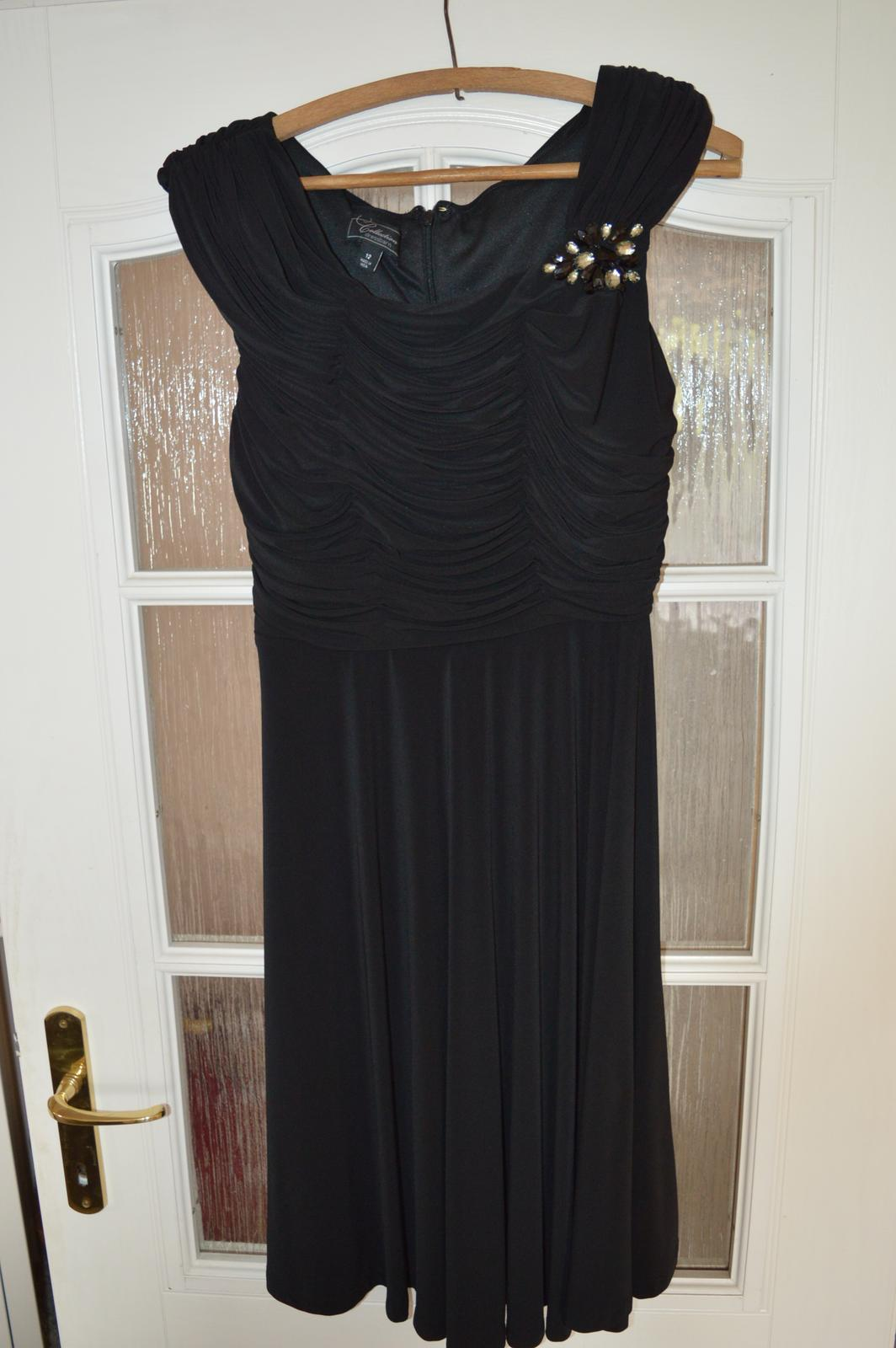 cdc7e64e334c Spoločenské krátke čierne šaty l-xl