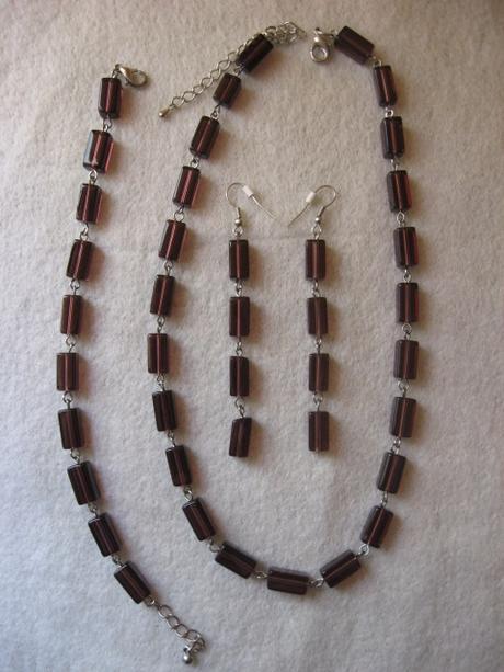 Set-náhrdelník, nausnice, náramok,
