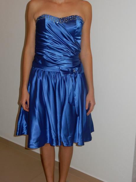 modre šaty, 38