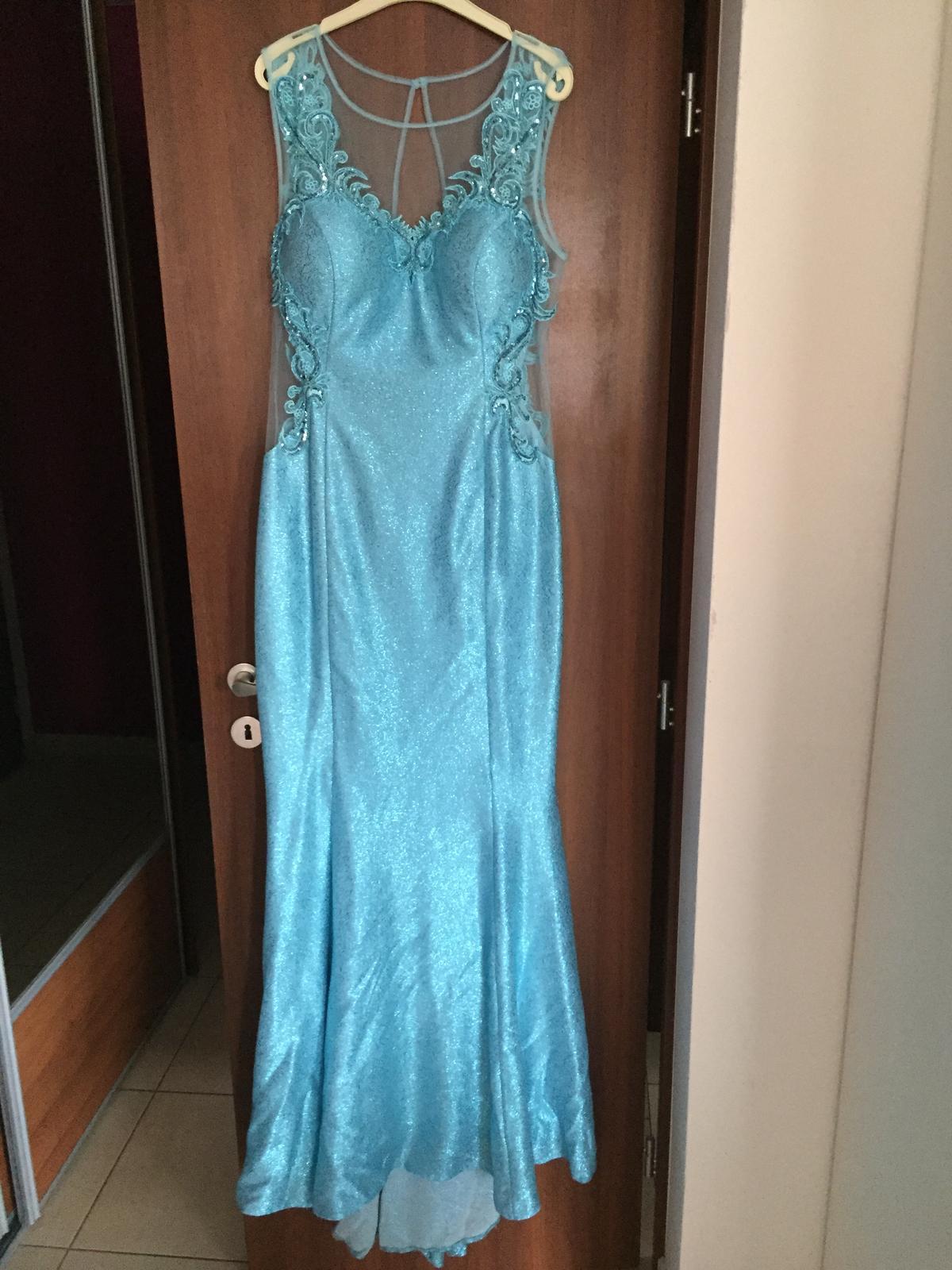 Luxusné plesové šaty 26a6d73eb3e