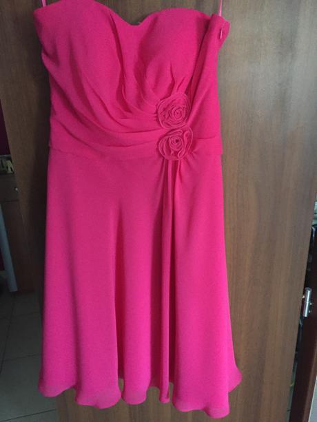 Ibalginové ružové spoločenské šaty, 38