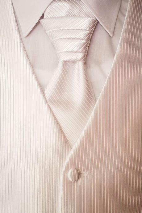 Pánska svadobná vesta, kravata a vreckovka, 50