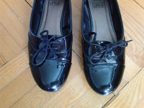 Lakované boty, 39