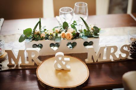 Mr a Mrs,