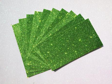 Zbylé, barva zelená,