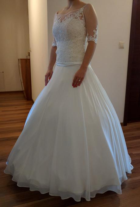 Smotanové čipkované šaty, 36