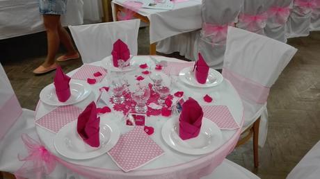 Dekorace z růžové svatby,