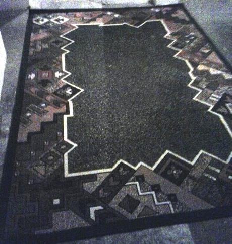 Modrý koberec 190x280, niekedy bol v detskej izbe,