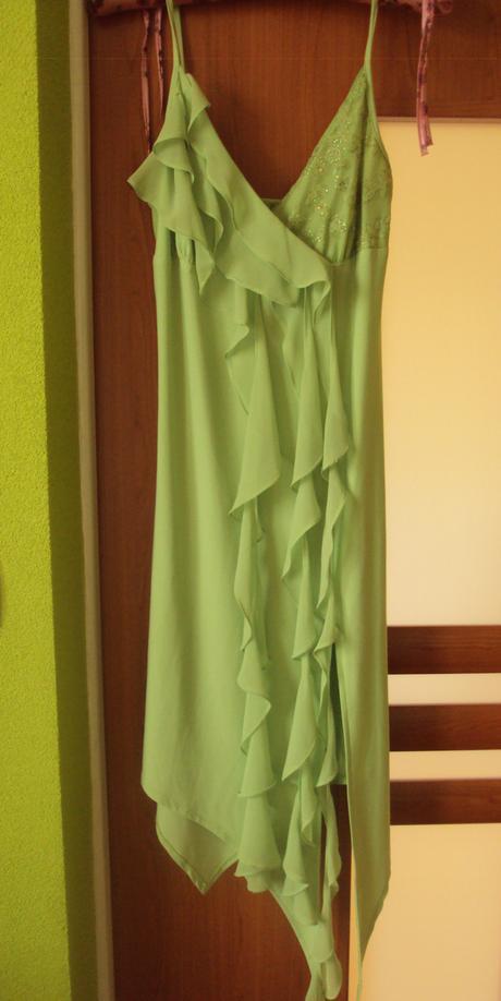 Šaty na svadbu, 40