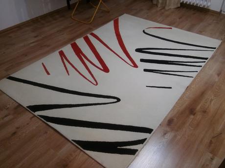 Moderny koberec,
