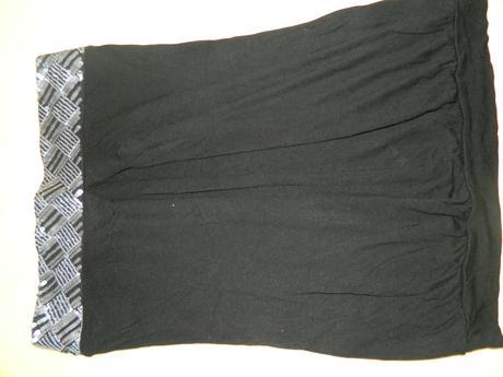 Tričko so striebornými flitrami, 38