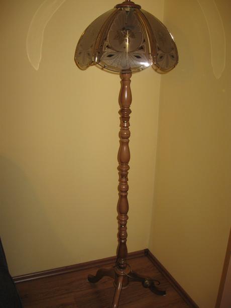 stojanova lampa,